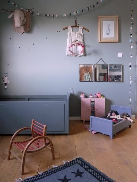 quarto-infantil-cinza-via-www-jojosroom-blogspot-com